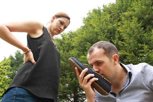 体臭の本当の原因とは? 気になる汗と臭いの予防と対策を教えます!