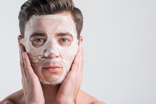 『フェイスマスクの効果とは!?』 スペシャルケアできれいな肌男になろう!