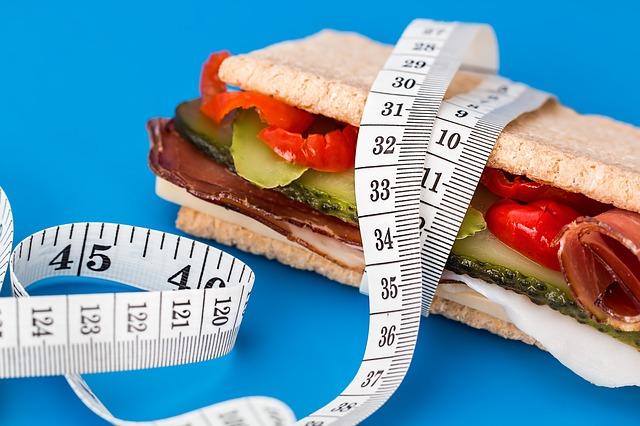 1日に必要なカロリー摂取量を計算してダイエットを成功させよう!