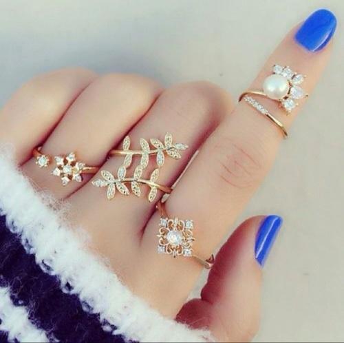 幸運を呼ぶ!? 指輪は付ける指の位置でそれぞれの意味がある!