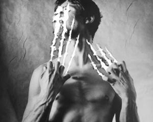 美容男子-顔ダニが肌荒れの原因