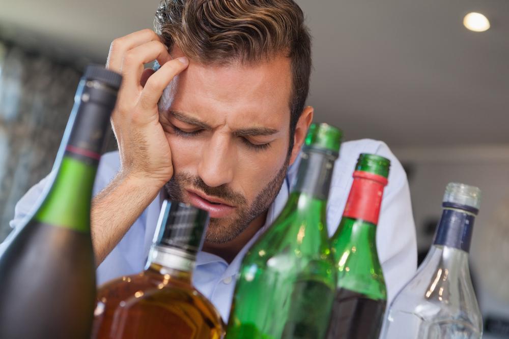 辛すぎる二日酔いの原因と早く治す方法