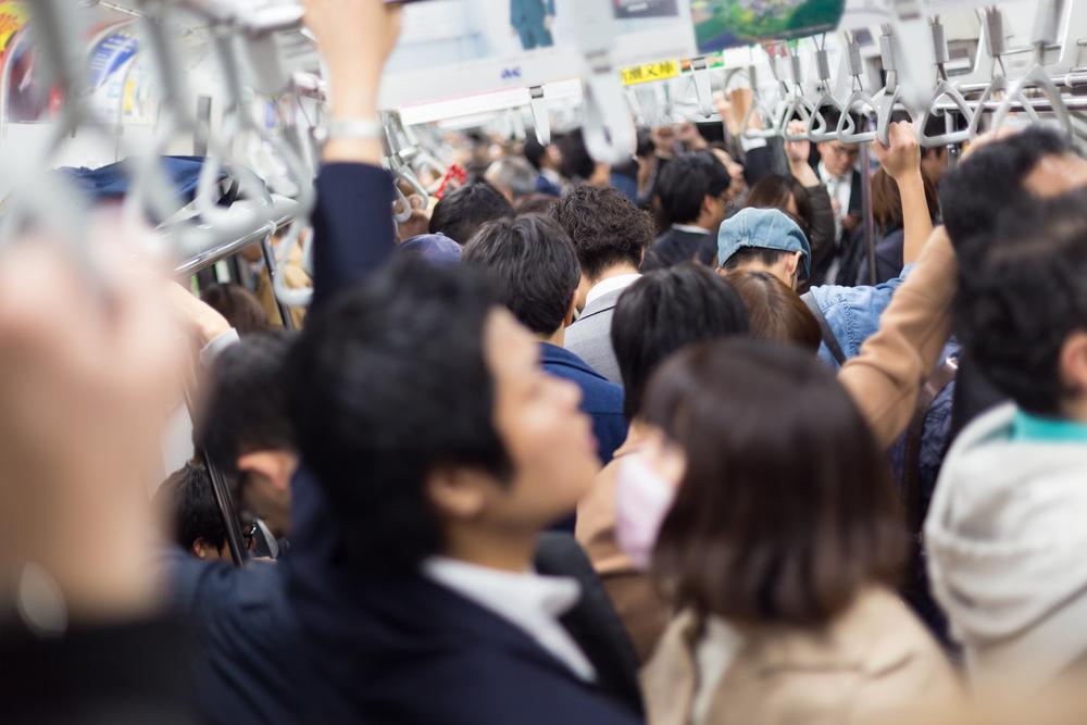 日本人の通勤時間はとにかく長い