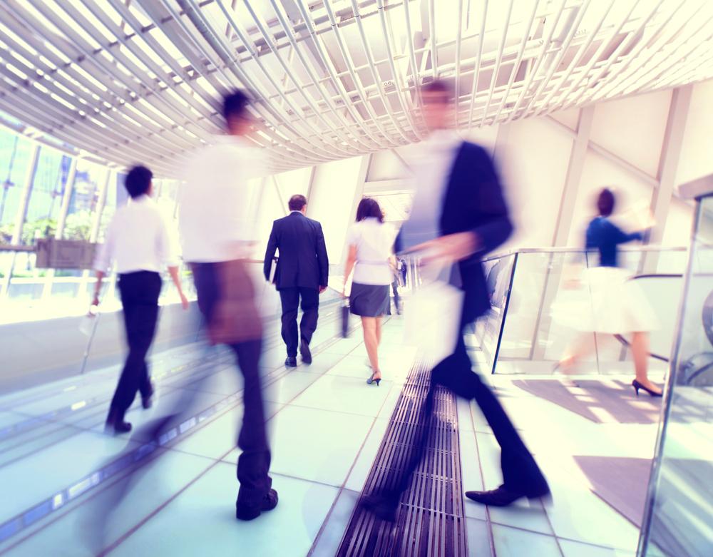歩くのが早い人はせっかち?特徴や性格、仕事が出来るという噂まで徹底追及!