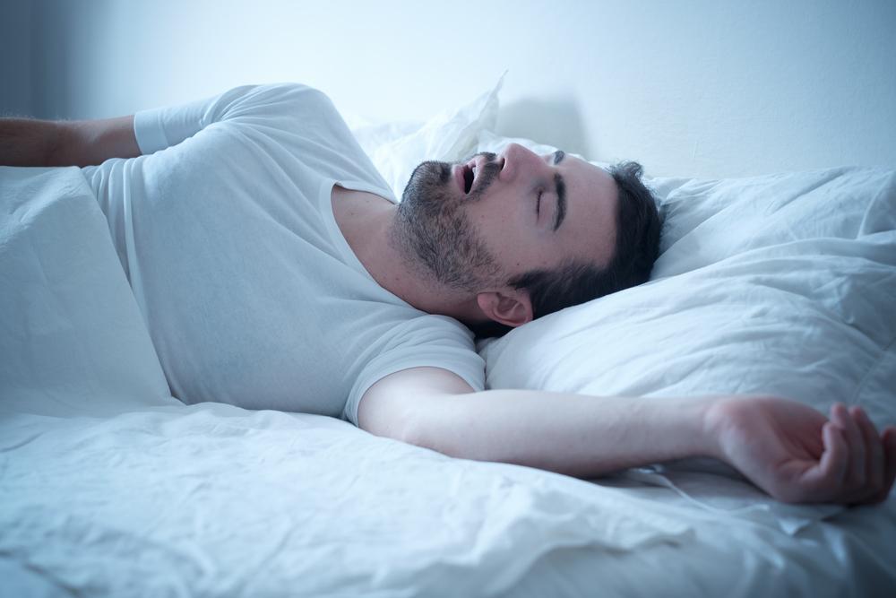 睡眠の質を高めるために寝返りが重要!寝返りとマットレスの関係性とは?