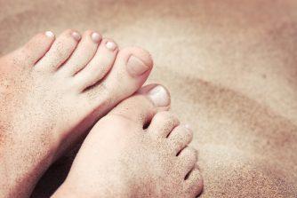 足の爪は常に綺麗ですか?速攻で振られないための手入れ術