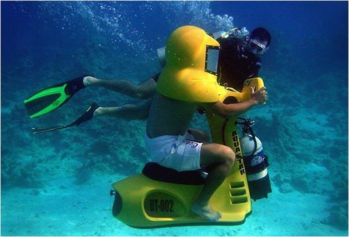 桐谷さん沖縄へ! 潜水スクーターは自転車より遅い! 7月の予約はまだ間にあう マツコの爆笑を先取り体験!