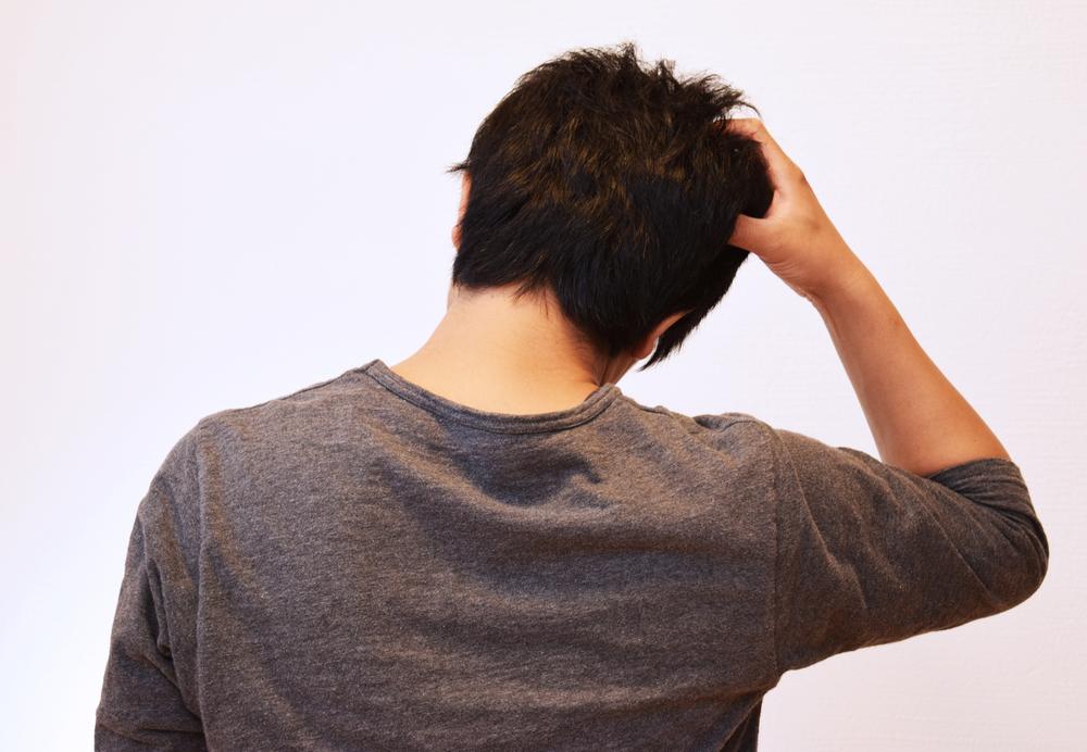 頭皮ニキビが出来てしまう原因と治し方「頭皮が痛い!かゆい!」トラブルを避けろ!