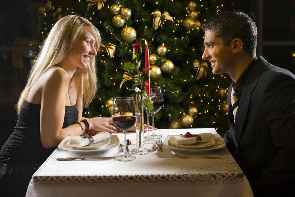 【スタイリストがチェック!】クリスマスデートで失敗しない服選び。マストバイは黒ジャケです