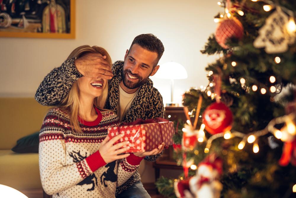 低予算でも喜ぶクリスマスプレゼント!サブバッグを贈ろう!