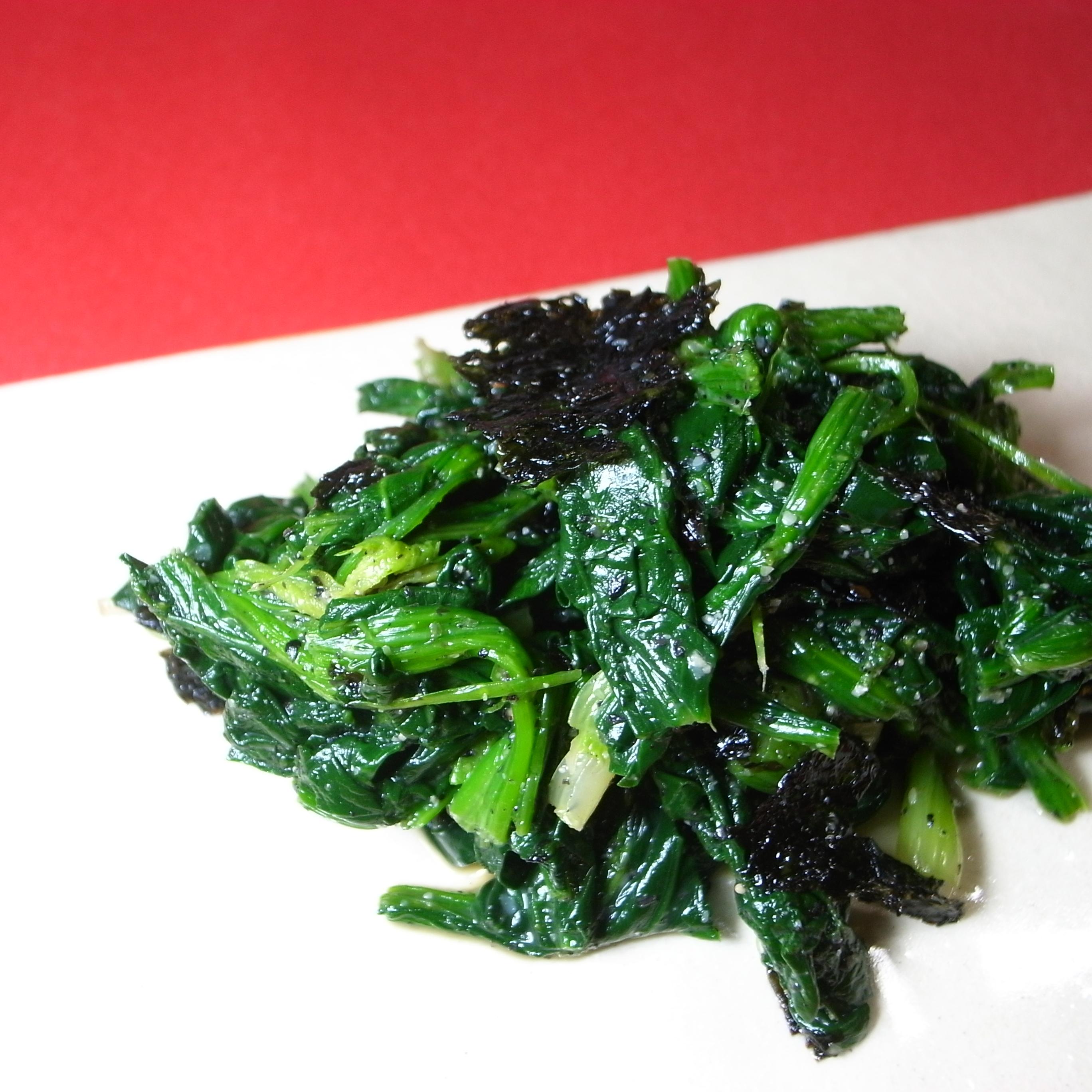 ほうれん草の黒ごま卵黄韓国海苔和え