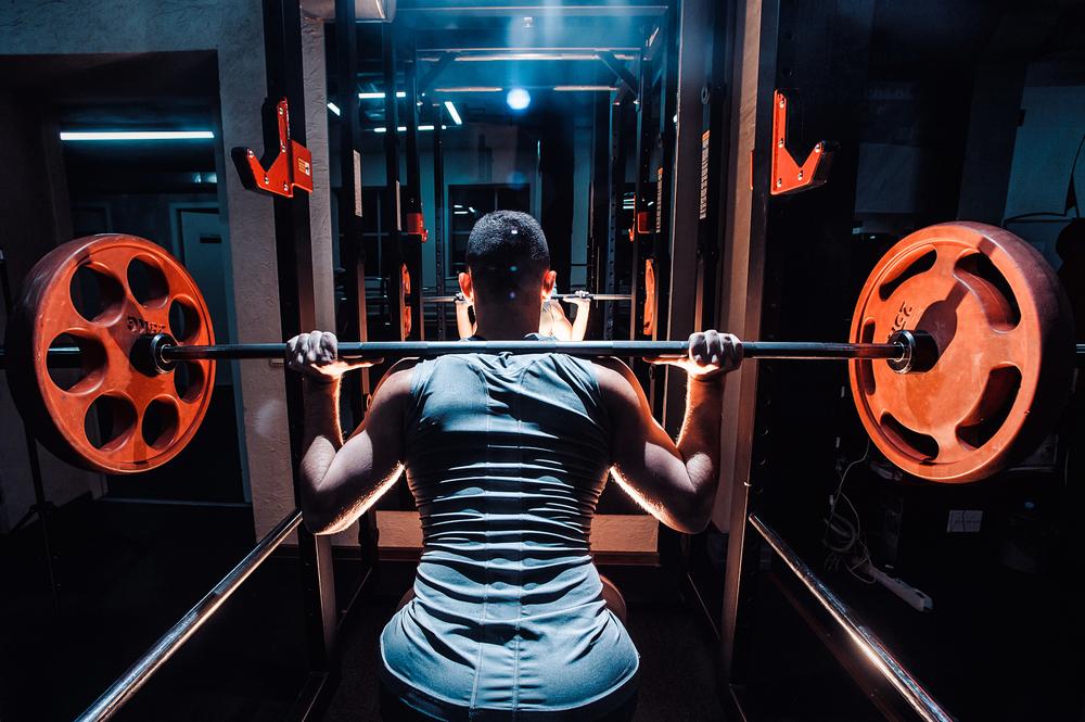 バーベルを使って鍛える背筋トレーニング3選!!~広く分厚い背中を目指す~