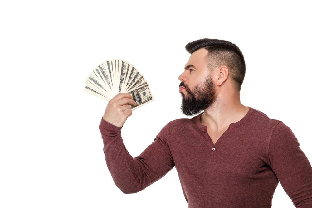 髭脱毛は方法によって金額が全然違う!! 脱毛完了までにかかる総額はいくら?