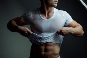 肌着を着る男性は必見!良い肌着を選ぶポイントはたった2つだけ!