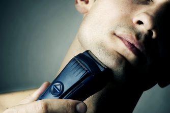■ 脱毛の4~5時間前に髭剃りをする