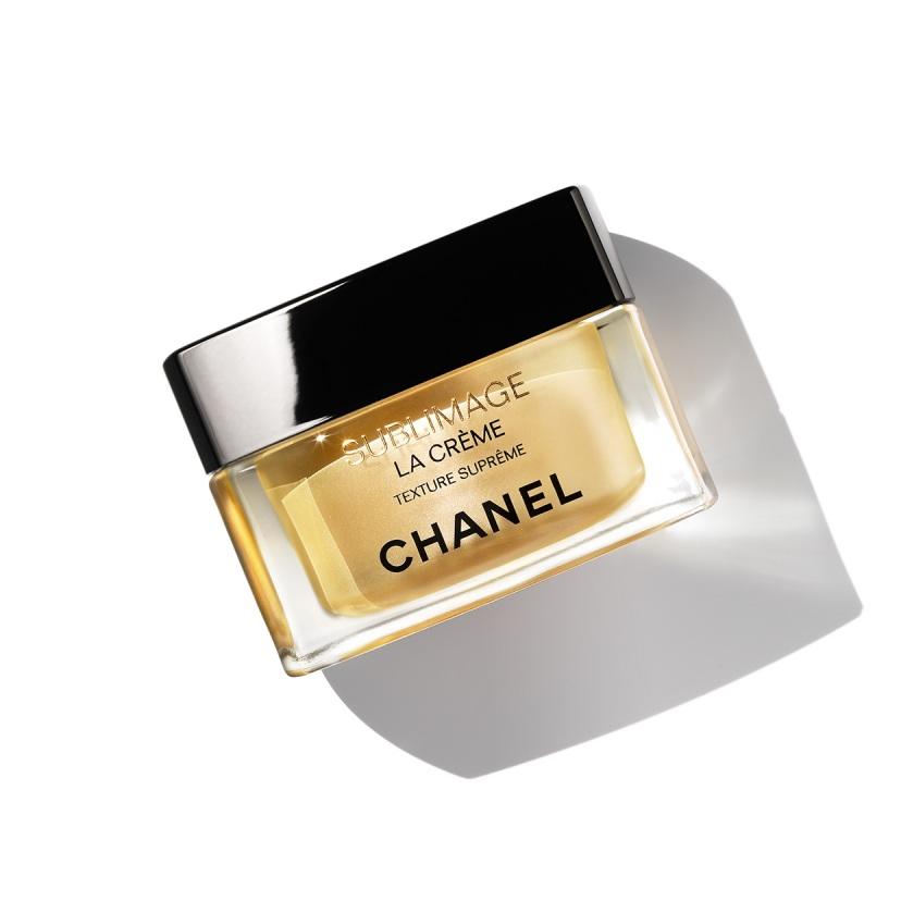 プレゼントで絶対に喜ばれるシャネルの香水5選【大切な人へのプレゼントに】
