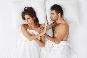 「彼とのセックスを断っちゃう…。」女性の性欲減退の原因は?