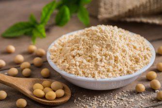 ソイプロテインはダイエットに効果的!大豆のパワーは美容効果も◎