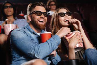 雨の日デートは映画館がおすすめ!カップルシートで観れる東京の映画館をご紹介!
