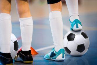 フットサルボールの選び方って知ってる?サッカーボールとの違いから見るフットサルの特徴とは?