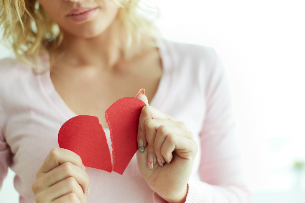 失恋から立ち直れない人へ ~立ち直れない理由と前に進むためのステップ~