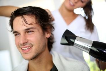 『薄毛の救世主』が伝える! 美容師から見た薄毛の人が陥るヘアスタイル