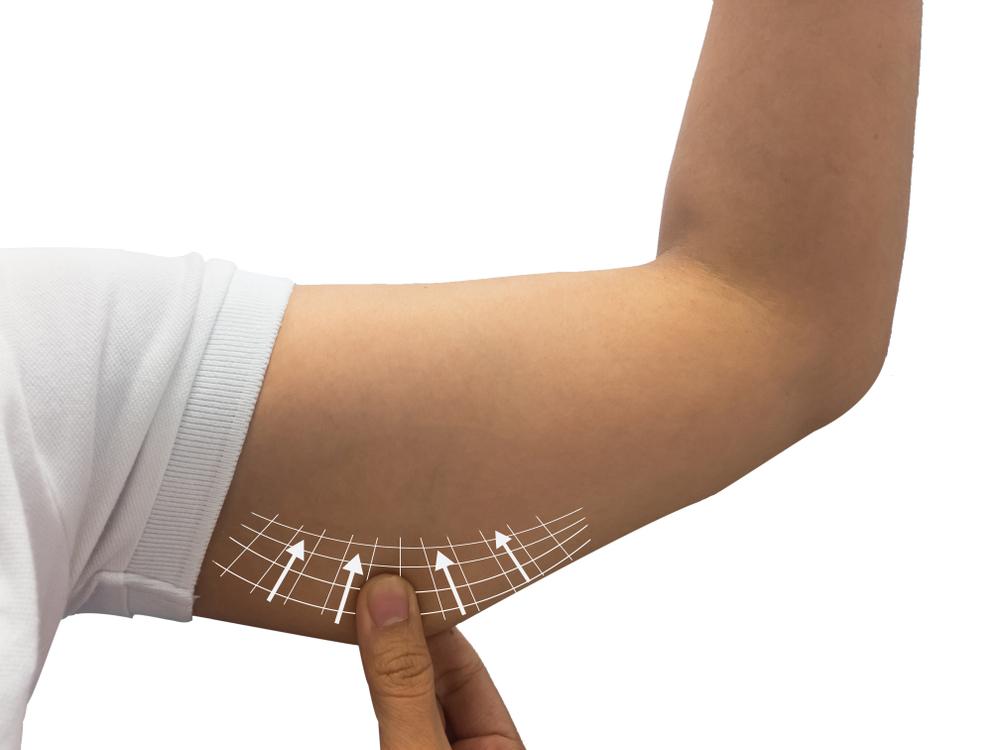 上腕三頭筋をダンベルで効果的に鍛えよう!特におすすめのトレーニング方法を徹底紹介!