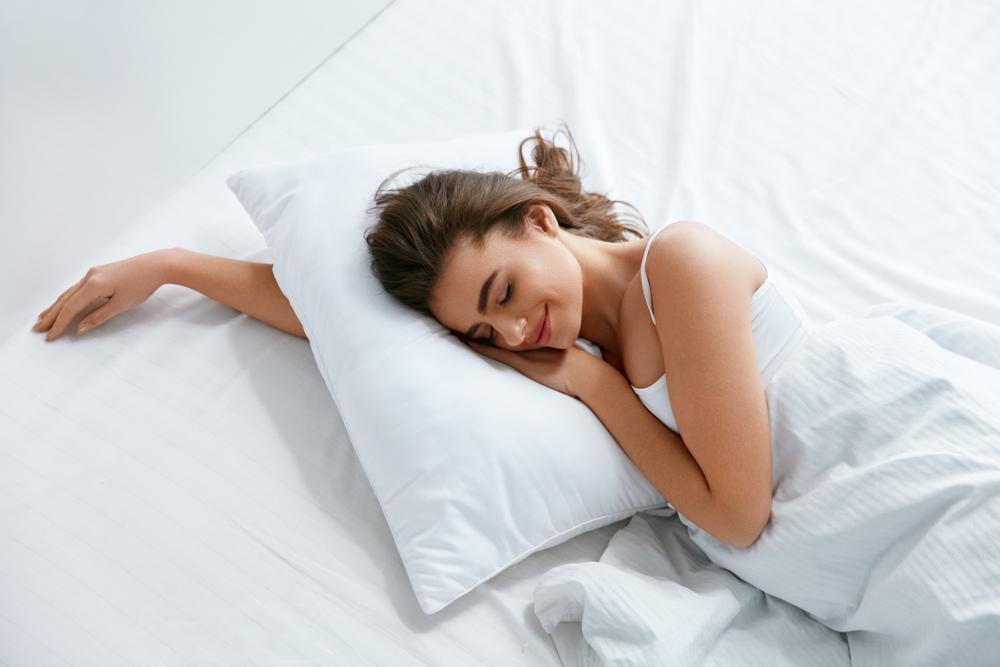 安眠を誘うおすすめの枕と選び方!疲れをとるポイントは枕にあり!