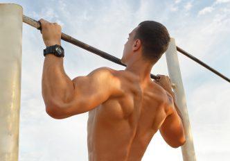懸垂の効果を最大限に生かせ!懸垂の効果と回数、鍛えられる筋肉について徹底解説!