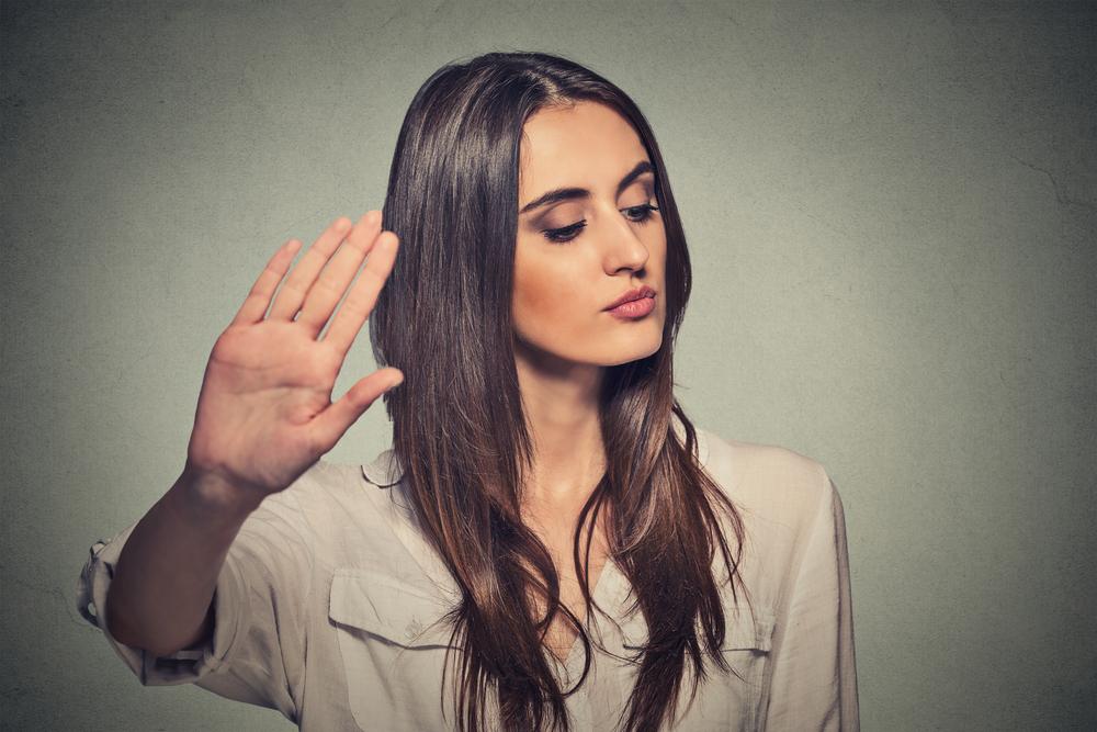 告白の返事が保留のあとにOKをもらえる可能性は? 返事待ちの行動や態度が重要に!
