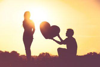 本気で惚れた女性にとる態度の特徴10選! 当てはまったら本命彼女確定!