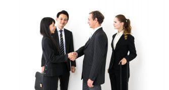 第一印象がカギ!学校や会社、合コンで使える面白い自己紹介ネタやポイントを伝授!