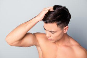 グリースの使い方やセット方法をご紹介!ツヤ感のある男らしい髪型に!
