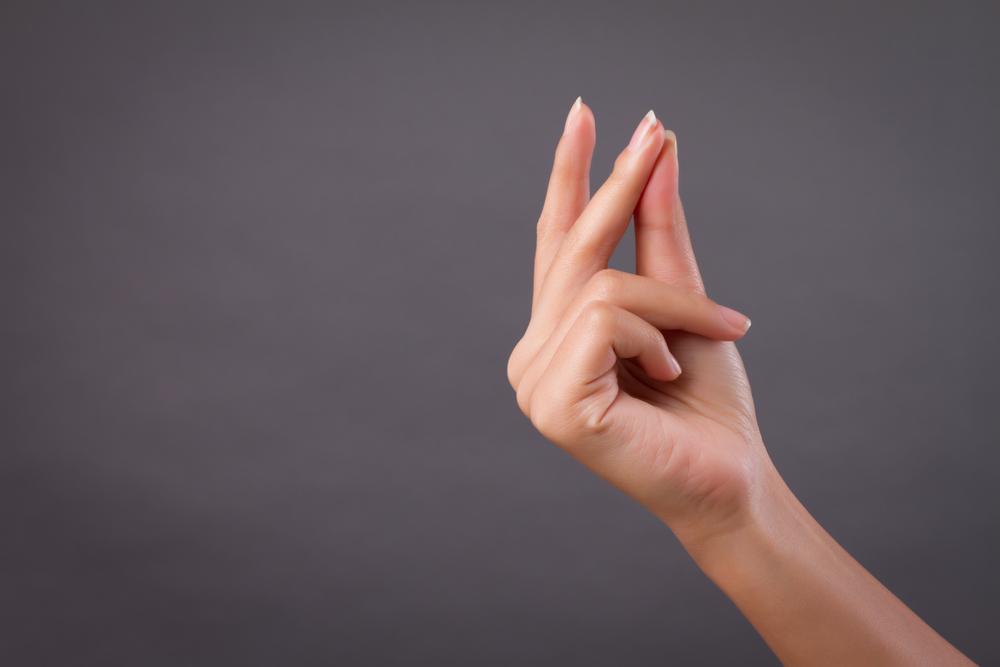 【指パッチンのやり方】押さえるべき3つのコツ「 誰よりもカッコよく出来る方法とは?」