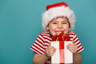 【クリスマスプレゼント特集2018】男の子に大人気間違いなしのプレゼントを紹介!