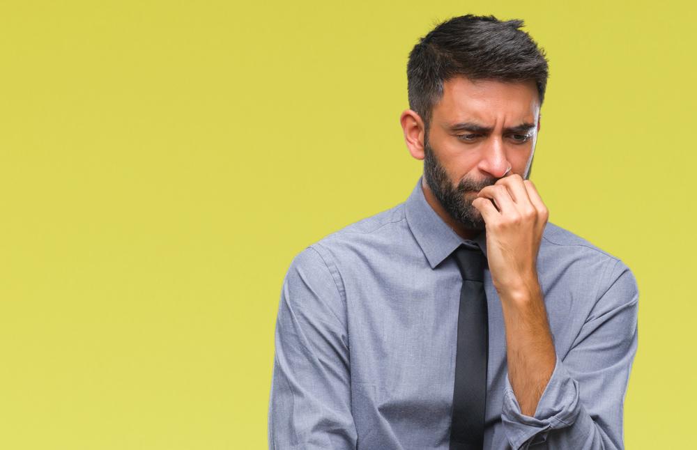 自分に自信がない人の9つの特徴。自信を持てない原因や克服方法は?