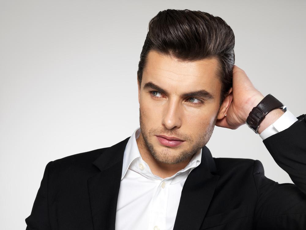 【デキる男の髪型】オールバックのセット方法は?押さえるポイントは3つだけ!