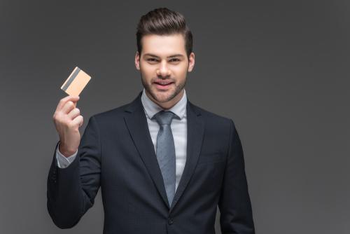 エポスゴールドカードはかなりお得!特典やメリット、入手方法や活用術をレクチャー!