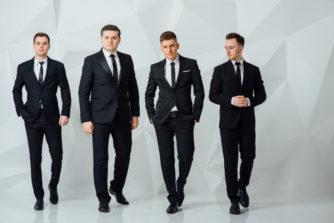 スーツの流行りに乗ってますか?2018年度のトレンドとその変遷も紹介!