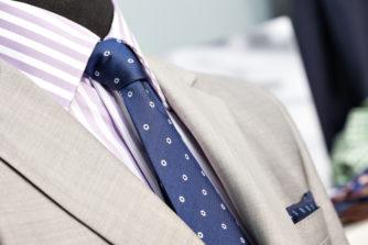 ネクタイでおしゃれ男子を目指せ!ネクタイは色とデザインにもこだわろう!