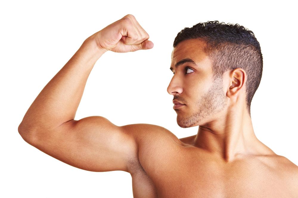【ディップスのトレーニング方法を完全解説!】肩を痛めやすい原因は〇〇にあった!