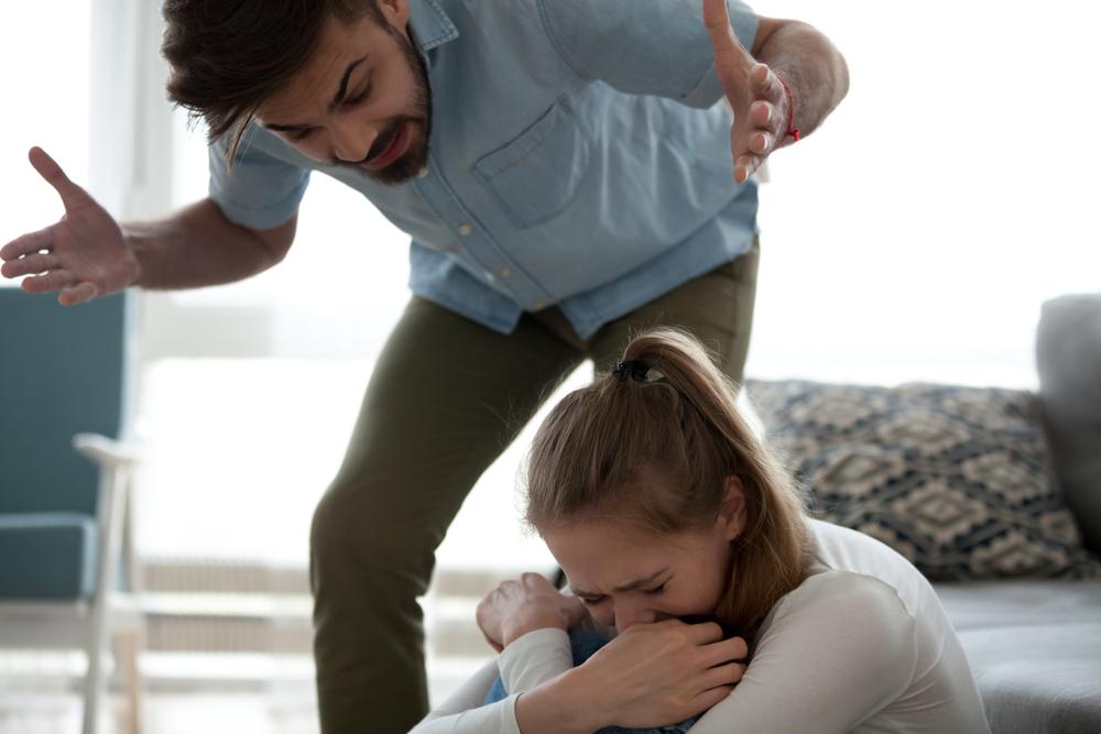 結婚しないとそんなにダメ?結婚ハラスメント【マリハラ】を受けたときの対処法と予防策!