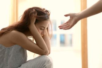 メンヘラ女との体験談からわかる、半端ないビッチ度と恐ろしさ!