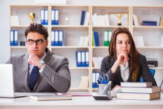職場でのハラスメントの相談は会社に言うのがホントに正解?その他の解決策と相談後のフローとは?