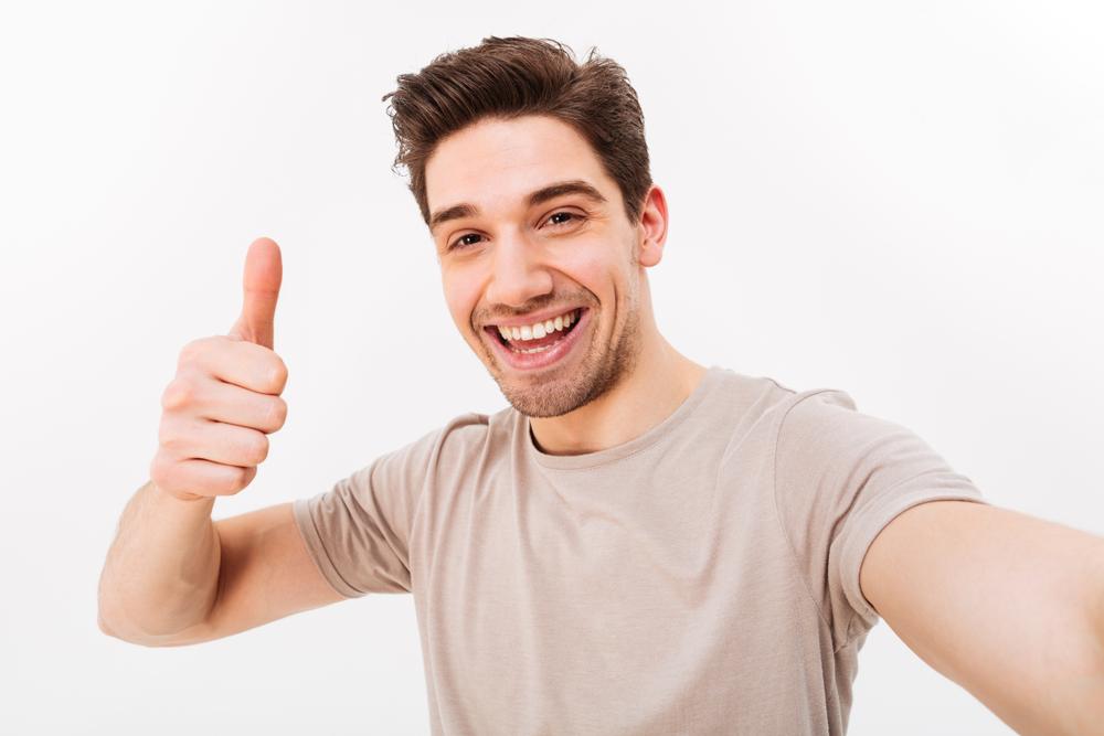 男が自撮りしたっていいじゃないか!SNSで使える自撮り写真のコツをご紹介します!
