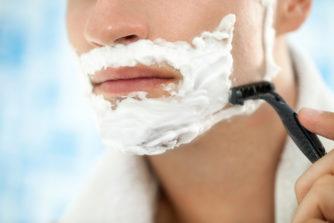 カミソリ負けしない髭の剃り方! 【深剃り】のコツは「順剃り」と「逆剃り」の使い分け!!