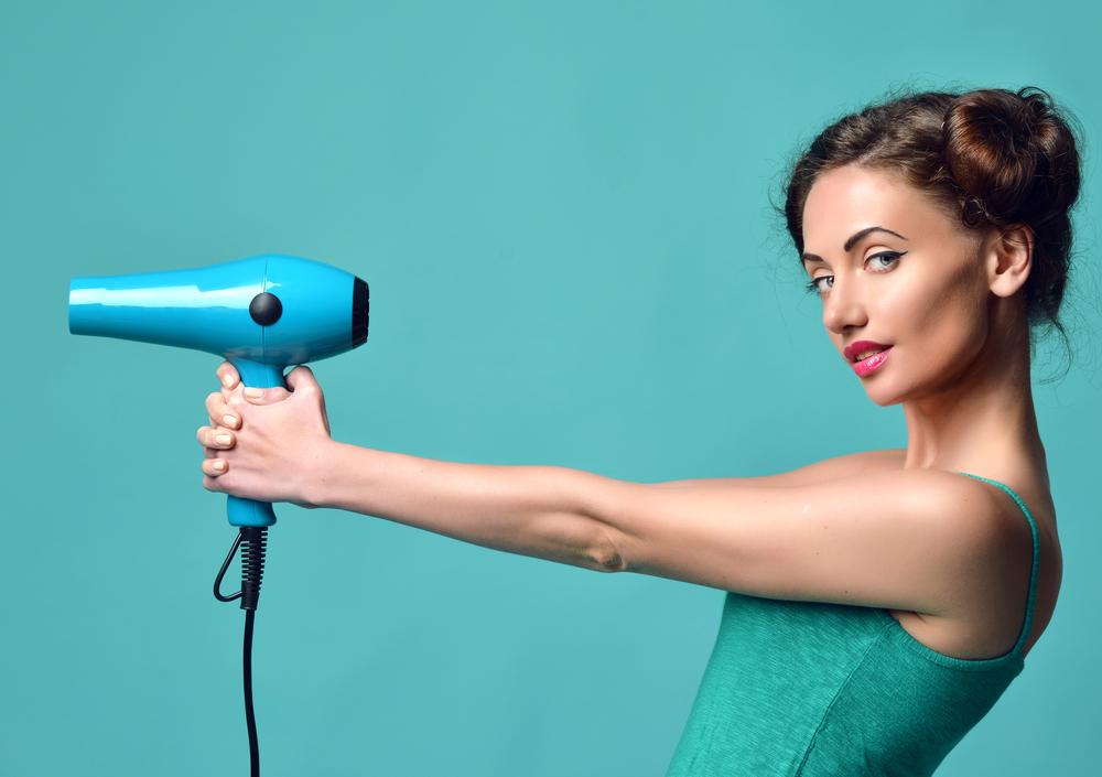 美容師がコツを伝授!ツヤとハリを与えるドライヤーテクニック