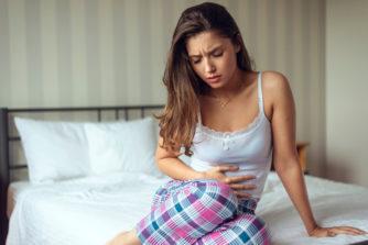 性行為の翌日に生理が来た!体への影響や妊娠の可能性は?
