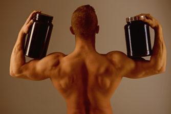 飲みすぎNG!プロテインの摂取量と過剰摂取の危険性