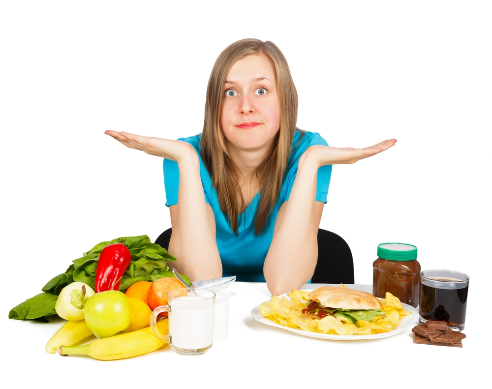 ニキビの原因となる食べ物って?治すために摂るべき栄養素や食べ物まで徹底解説